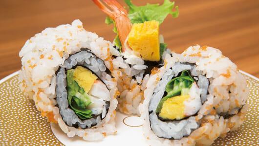 【立ち食い寿司の名店】握りは全品たったの100円! 仕事終わりのちょい飲みにも使える門前仲町「凧○」