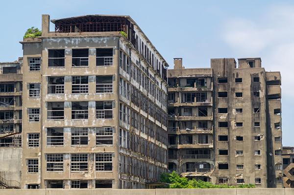 42835784 - ruins of hashima elementaryintermediate school in gunkanjima hashima
