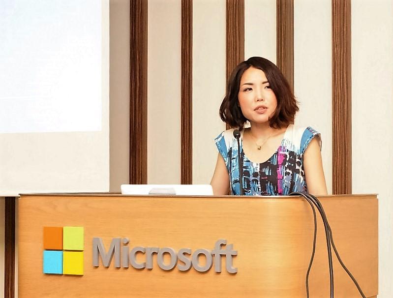 ↑Windows 10へのアップデートの成功やAnniversary Updateの有用性を語る日本マイクロソフト三上智子氏
