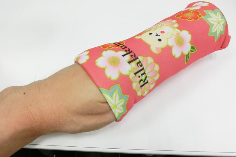 ↑男性の腕には入らないくらいのサイズ感です