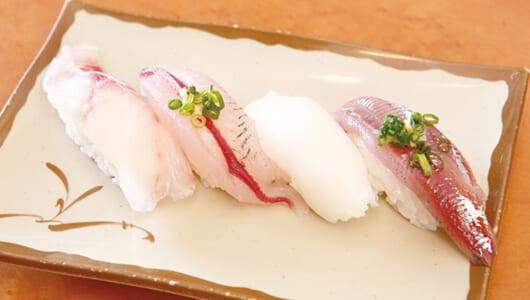 【回転寿司の名店】朝4時に捕獲した魚が客前へーー抜群な鮮度と海岸を一望できる景色がオツな「魚敬 津久井浜店」