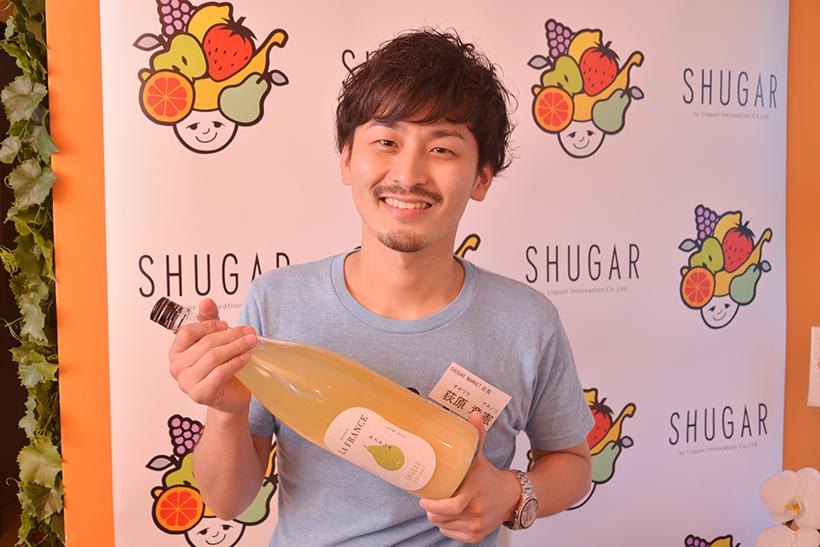 ↑SHUGAR MARKET 新宿店の荻原章憲店長