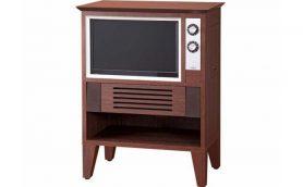 昭和の思い出がよみがえる!? レトロデザインの液晶テレビ「EREO」