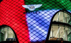 これが超高級車のショールームだ! ベントレーがドバイにオープンした新店舗がすごすぎる