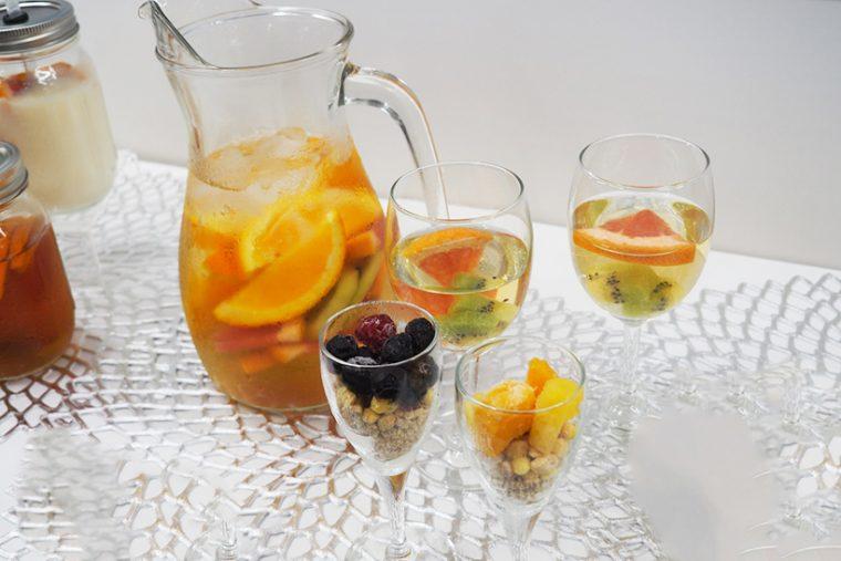 ↑「タイマー冷凍」で凍らせたフルーツ。そのまま食べるとシャリッとしたシャーベットのような食感が楽しめるほか、ドリンクなどに入れて氷の代わりに楽しむことも