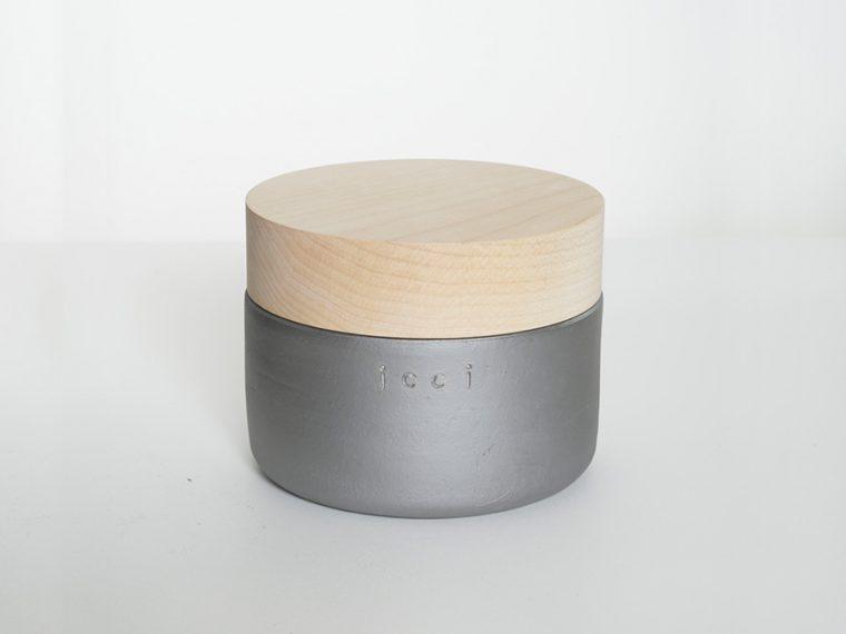 ↑kawara bowl (fat)(本体5616円、フタ1512円)