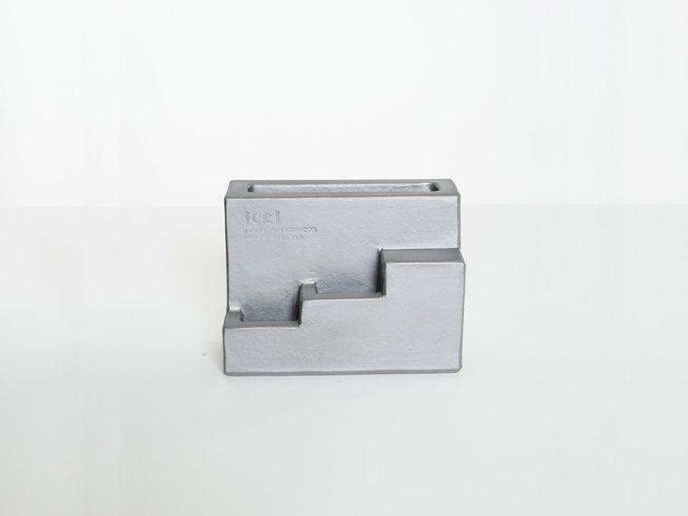 ↑kawara pen stand(8100円)