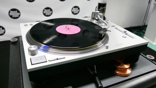アナログレコードは一過性のブームなのか? 国内唯一のレコード盤工場見学で感じた底力