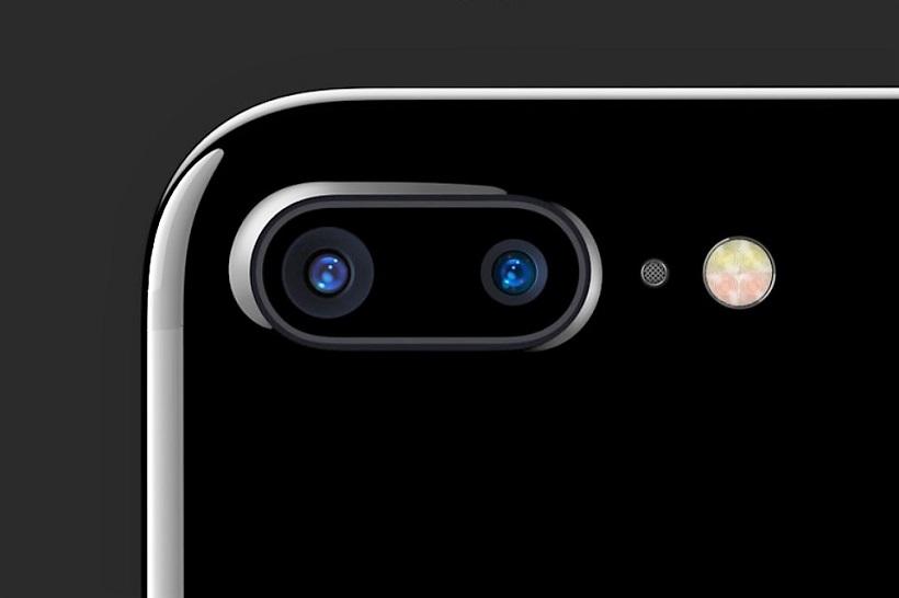 ↑iPhone 7 Plusはデュアルカメラ搭載
