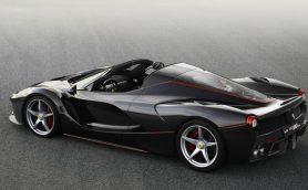 【パリモーターショー2016】デビュー前に完売! ラ フェラーリのオープン版「アペルタ」が世界初披露