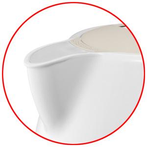 ↑湯切れの良い注ぎ口を新採用。注ぎやすく、お湯がたれるのも防ぎます