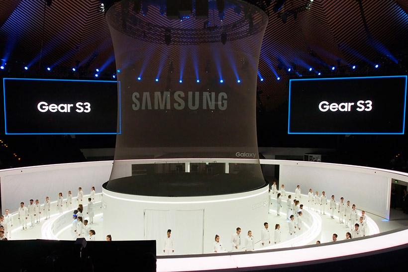 ↑サムスンの大々的な新製品発表会。デザイン変更のGear S3だけだったのはちょっと肩透かしだった