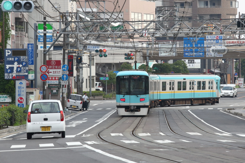 ↑国道161号(西近江路)を走る京津線。早朝こそクルマが少なめだが、日中は交通量も多い幹線道だ