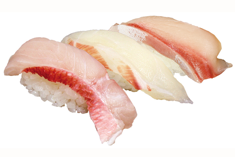 ↑上白身3点盛(518円) 脂が乗った金目鯛(写真左)や、 コリッとした食感の石鯛など、上級白身ネタを三貫盛りに。なお、種類は日によって変わる