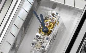 【時計の小ネタ】世界最小の手巻きムーブメントはマッチ棒の先端ほどのサイズに98個の部品を収納