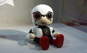 """近未来のロボットは人間のトモダチになる!? 技術の進化により""""おしゃべり""""になるロボットたち"""
