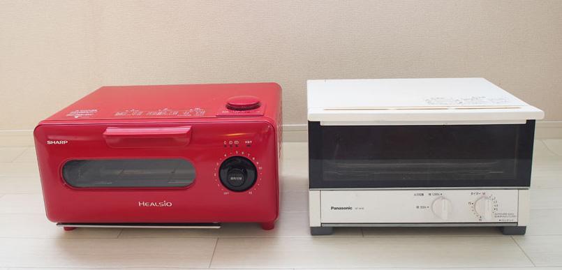 ↑右が、一般的なトースター。大きさはほとんど同じです