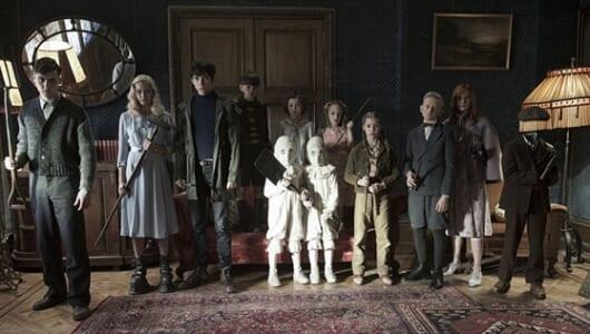 ティム・バートン監督最新作「ミス・ペレグリンと奇妙なこどもたち」全米初登場1位!日本では2017年公開