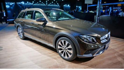メルセデス・ベンツの新型SUVはワイルド×インテリな存在感【パリモーターショー2016】