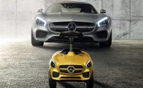 メルセデス・ベンツが世界初公開したもうひとつの「AMG GTロードスター」とは!?