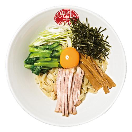 ↑油そば(790円) タレは醤油と塩で選択可(写真は醤油)。具材は玉子の黄身以外はつけ麺とほぼ同じだが、混ぜやすいように細切 り状になっている