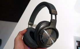 世界初! フルデジタルワイヤレスヘッドホン「ATH-DSR9BT」など注目製品が出そろったオーディオテクニカの最新モデル