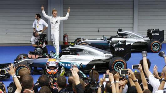 F1日本GP鈴鹿はロズベルグが優勝! メルセデスは3年連続でコンストラクターズタイトルを獲得