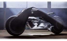 コンセプトは「大脱走」!  BMWが考えた100年後のバイクとは?