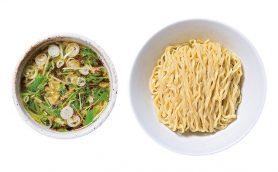 ラーメン・オブ・ザ・イヤー初の快挙! 5部門の賞を総なめにした東小金井の「くじら食堂」