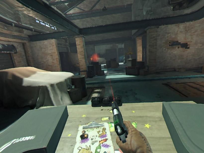 ↑「ロンドン ハイスト」射撃場で射撃訓練をします。赤外線でガイドをしてくれるので、初めてのVRでもちゃんと敵に弾を当てられます