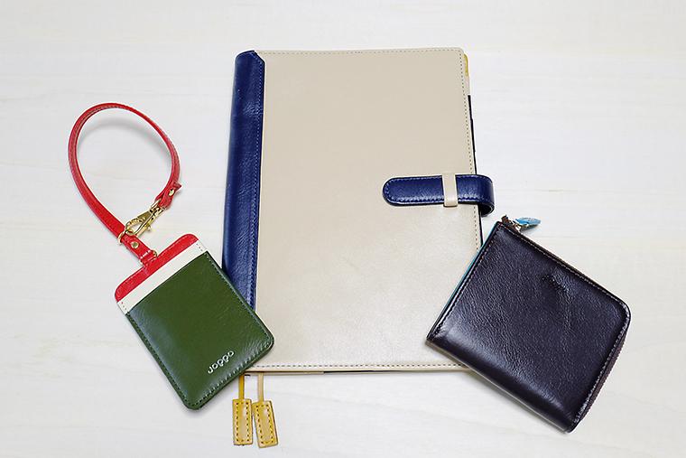 ↑左からSUICA用ペンギンストラップパスケース(4900円)、A5手帳カバー(8900円)、コンパクトウォレット(6900円)