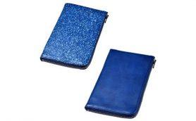 日本が誇る職人技が融合――世界でも稀有な天然本藍染革「スクモレザー」を使った薄長財布が美しすぎる!