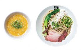 食欲そそる豚モモと牛モモのWチャーシュー! 真剣なラーメン作りがモットーの押上「竹末東京 プレミアム」