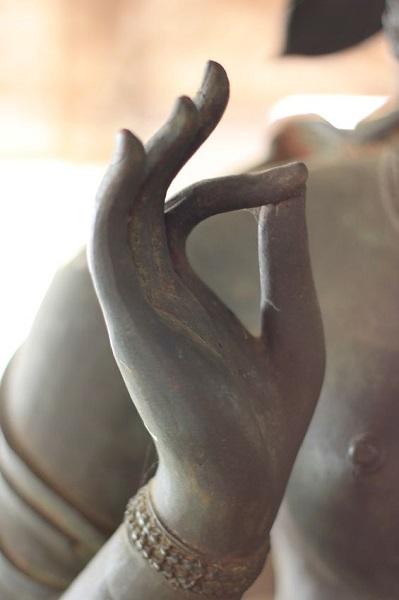 15581159 - hand of buddha image