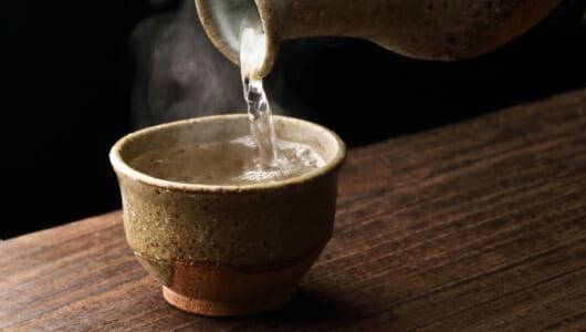 寒さをつまみに最高の「燗酒」を! プロが選ぶ燗がウマい日本酒&合わせたい料理はコレ!