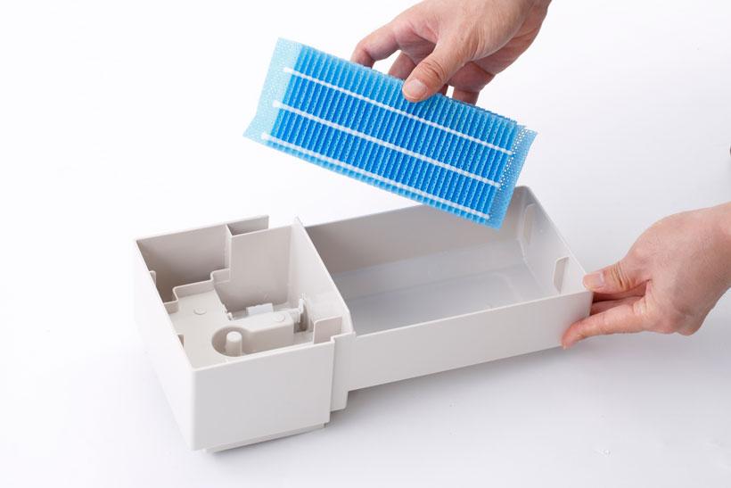 ↑汚れやすいフィルターやフィルター周りのパーツも、簡単に引き出して掃除ができます