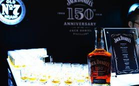 入手困難確実か!? ジャック ダニエル150周年記念ウイスキーに責任者が後悔「もっと作ればよかった」のワケ