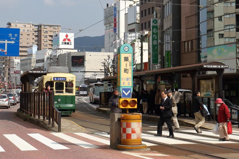 ↑長崎駅前からグラバー園などがある石橋電停へ向かうときは、築町電停での乗り換えが必要だ