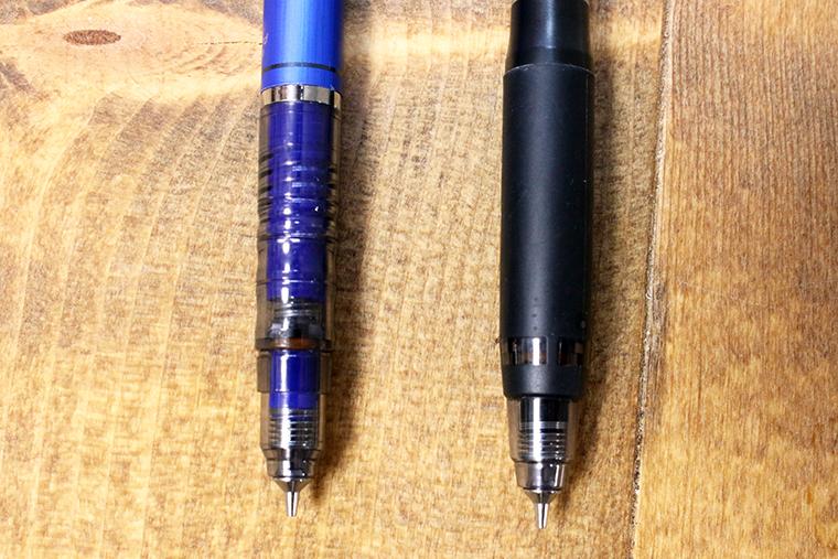 ↑左がデルガードのプラグリップ。タイプERのゴムグリップの方が握りは安定しやすい