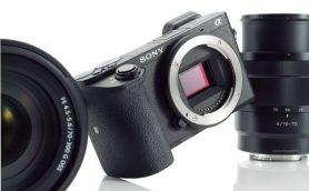 """小さなボディに機能をギュッ! 進化した""""リトルモンスター""""カメラ「α6500」上陸"""