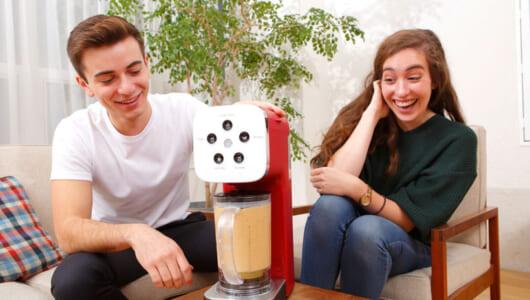 フラッペに思わず「C'est bon!」 外国人がドウシシャの多機能コーヒーメーカー「クワトロチョイス」に驚いた!