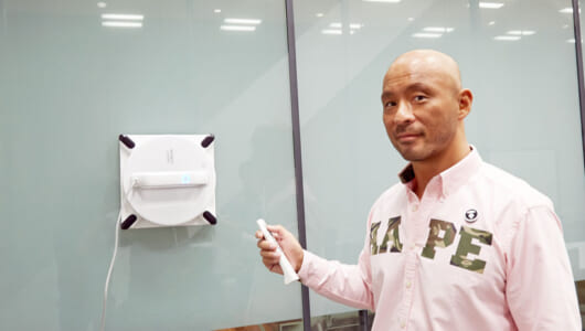 お疲れのプロレスラーを家電で癒せるか?  邪道選手が部屋を快適にする最新オート家電3種をお試し!
