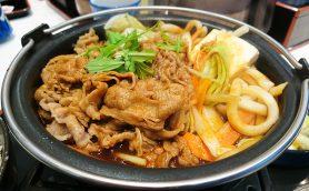 吉野家の「ご当地鍋膳」はもう食べた? 豚味噌、牛カレー、とんこつまで地域ならではの味付けで旅先でも食す価値あり