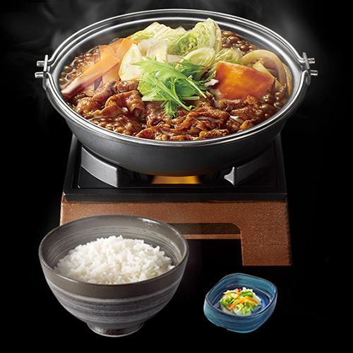 ↑横浜デミ牛鍋膳 並盛/680円 大盛780円