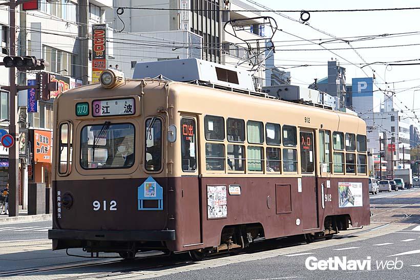 ↑元大阪市電の900形。1900形と同じように車体の側面に元大阪市電であること示すプレートが付く