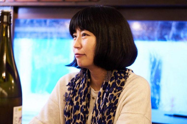 ↑浅井 直子さん Profile:三重生まれ、愛知育ち、東京在住の編集ライター。企業PR誌の編集部などを経て独立。雑誌やwebメディアにて、日本酒、食、地域を主なテーマに取材執筆する一方、日本酒を通して見えてくる地域の風土、食文化、手しごとに着目したイベントを開催している