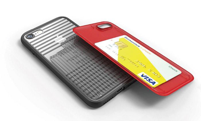↑背面のカバーを外してカードを収納可能