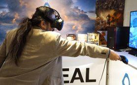 【年末年始も休まず営業】3大VR端末のひとつ「HTC VIVE」が秋葉原で無料体験できる!