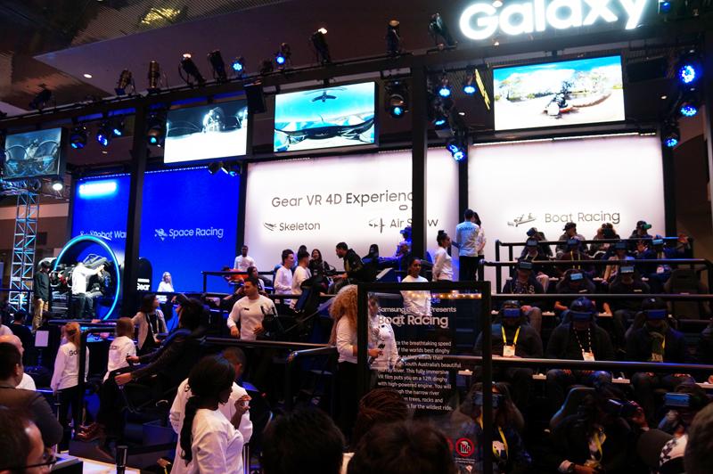 ↑サムスンは毎年Gear VRの体験展示を大規模に設ける