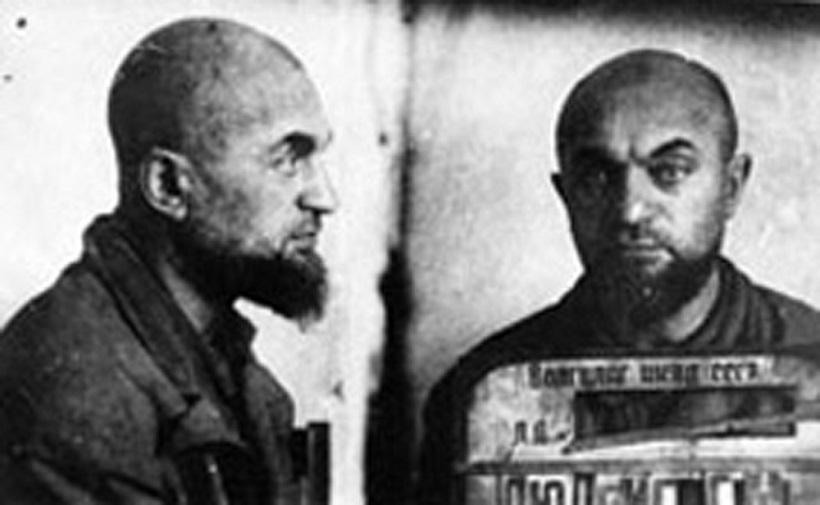 ↑ゲンリフ・マヴィリキエヴィック・ルードヴィ教授